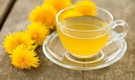 ceaiuri bune pentru detoxifierea organismului)