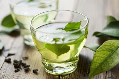 Cele mai bune ceaiuri pentru slabit si detoxifiere - Blog Planteea