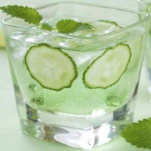 detoxifiere cu apa si lamaie)