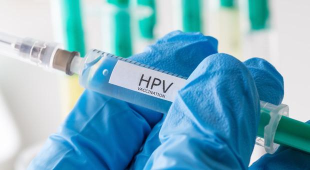 vaccinazione papilloma virus femmine)